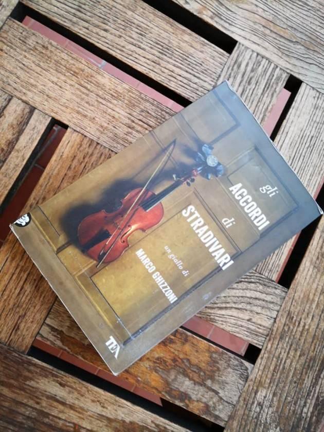 Marco Ghizzoni ed i personaggi del suo romanzo 'Gli accordi di Stradivari' ospiti al Volta Pagina Festival