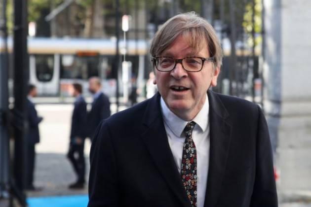 Verhofstadt attacca Salvini: ''Prende soldi da Putin, si preoccupi di restituirli''