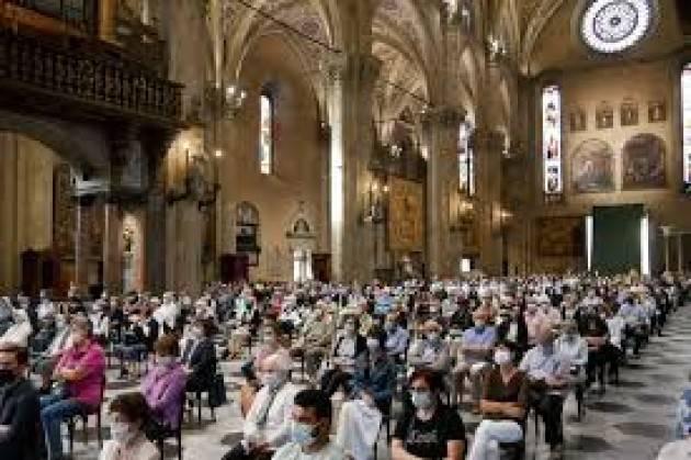 Como messa con elemosiniere del Papa