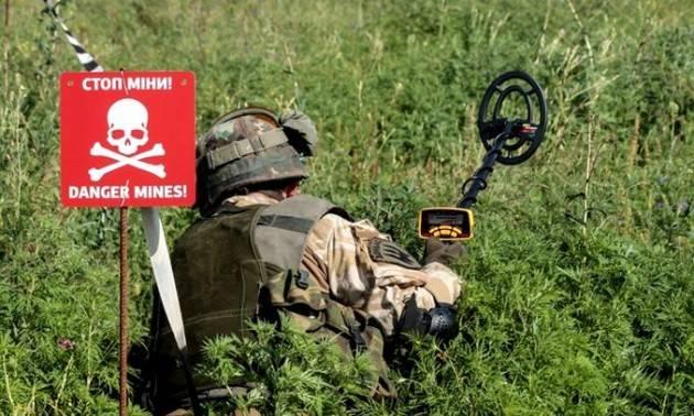 Mezzo secolo per sminare la linea di contatto col Donbass in Ucraina
