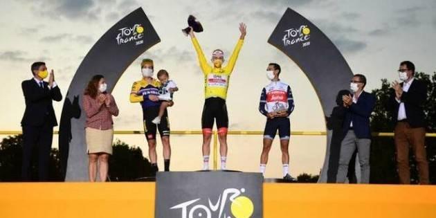 Tour de France 2020: trionfa il 22enne Tadej Pogacar.