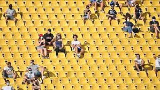 Secondo Miozzo (CTS) Riaprire gli stadi ad oltre 1.000 persone è follia