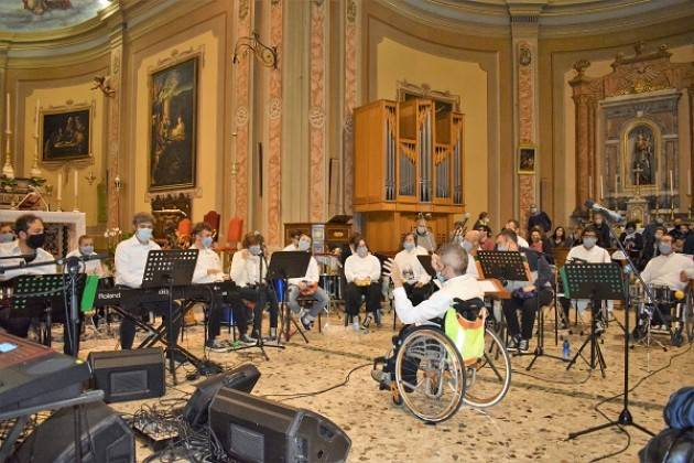 MagicaMusica, standing ovation a Capergnanica