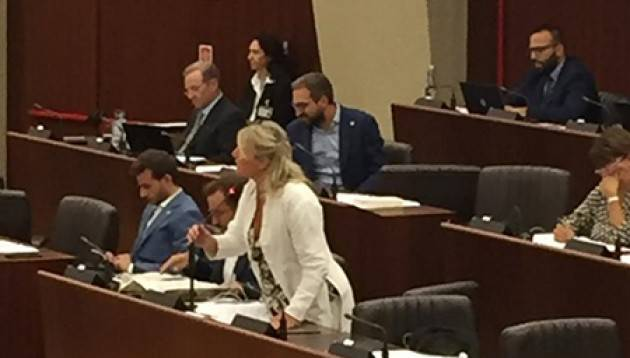 Elisabetta Strada (LCE): 'Commissione missing. Che fine ha fatto la Commissione vaccini della Regione Lombardia?'