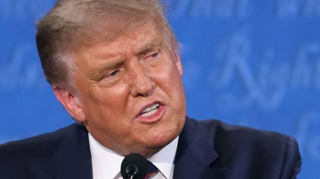 Trump, i medici: ''Condizioni in miglioramento, si valutano dimissioni''