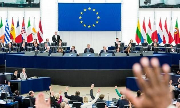 Il Parlamento europeo vota per rafforzare la democrazia negli stati dell'UE