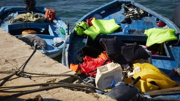 219 migranti sbarcati nelle notte. Saranno trasferiti a bordo di 2 navi quarantena