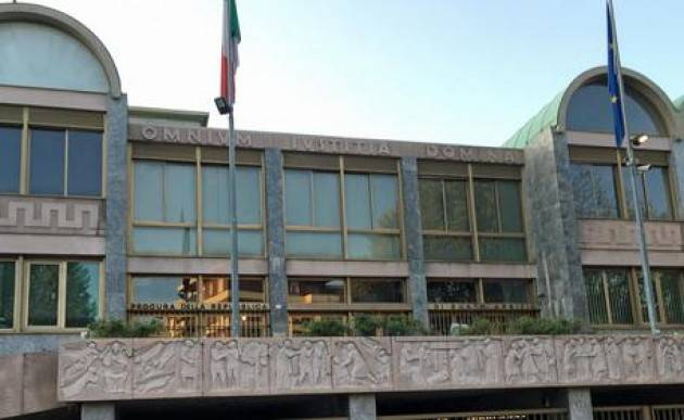 POSITIVO un caso in Tribunale Busto Arsizio, chiuso ufficio