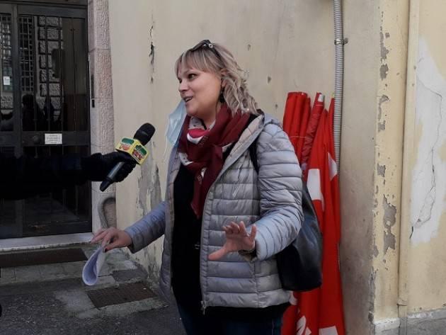Laura Valenti FLC-Cgil Cremona  Scuola Stabilizzazione Precari La Ministra Azzolina  sbaglia tutto (Video)