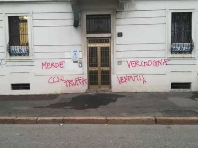 Vandalismo contro sedi Ugl contro il contratto dei raiders