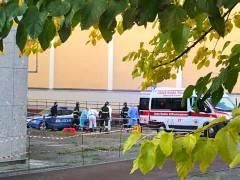 CREMONA - 14ENNE CADE DAL TETTO DI UN MAGAZZINO ABBANDONATO