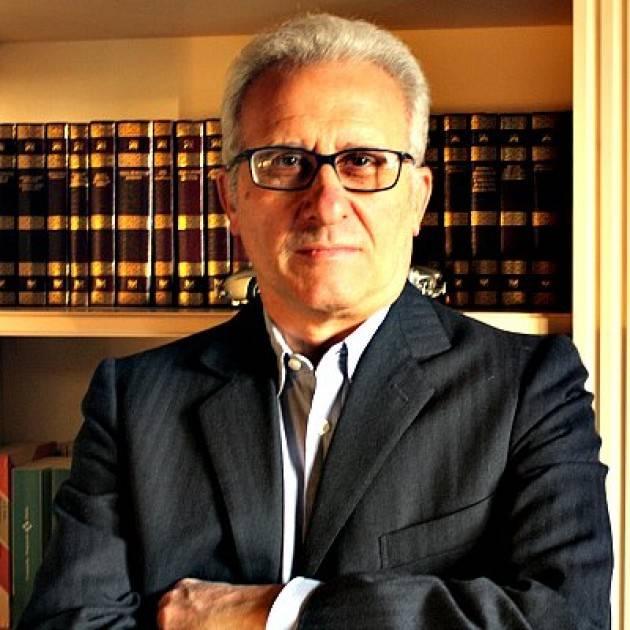Vincenzo Montuori (Cremona) ci propone due testi della raccolta 'I sette gradi dell'assenza'