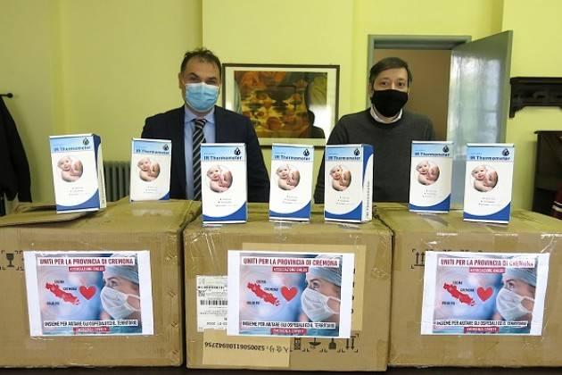 UST Cremona L'associazione 'Uniti' dona cento termoscanner alle scuole della provincia