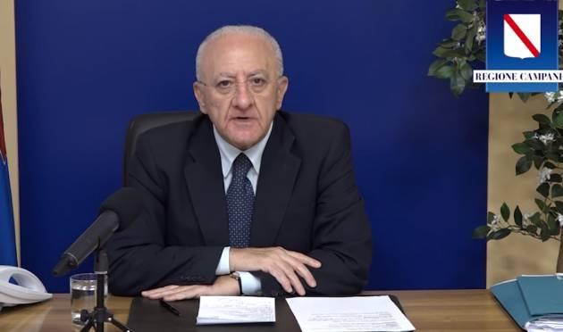 Covid Vincenzo De Luca sbrocca, offende tutti e chiede al PD di fare la  crisi di governo mandando a casa gli incapaci del M5S  facendo il governo di unità nazionale (Video)