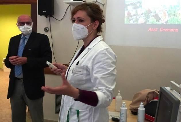 ASST CREMONA ECOGRAFIA AL LETTO DEL PAZIENTE, ARMA EFFICACE CONTRO IL CORONA VIRUS.