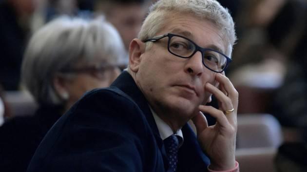 Morra sulla Santelli: ''Noto a tutti che fosse grave malata oncologica''. Bufera sul senatore M5S