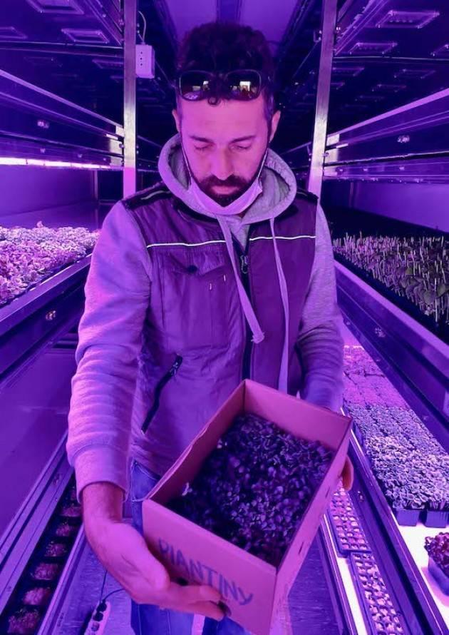 Coldiretti incontra Brescia: i micro-ortaggi di Luca