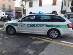 CREMA -MINACCIATO DI MULTA PERCHE' SEDUTO AL BAR...MA ERA IN STAMPELLE