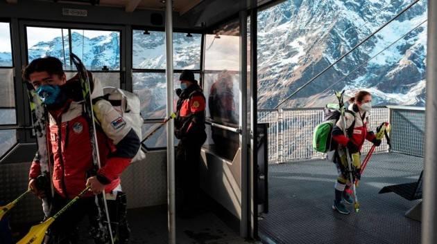 La Svizzera apre lo sci anche agli italiani.