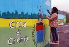 Il murales di Crema, il primo realizzato con vernice anti-smog, presentato.