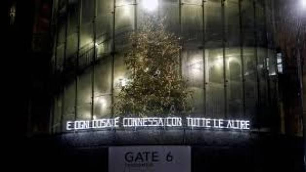 Ospedale Fiera Milano si accende Natale