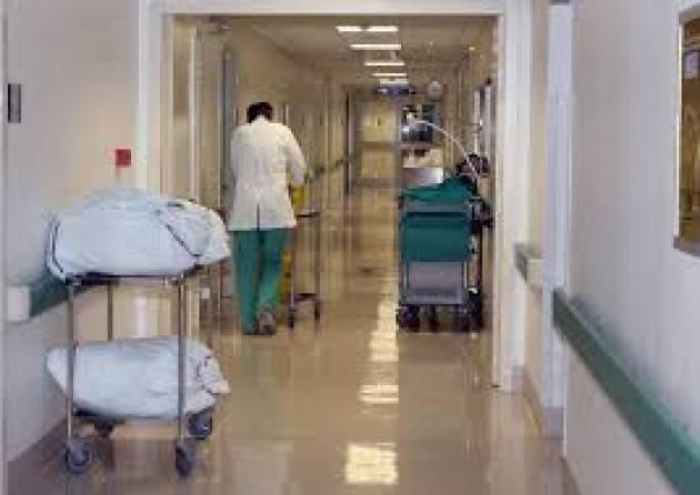 Anziano trovato morto a terra in ospedale Bresciano