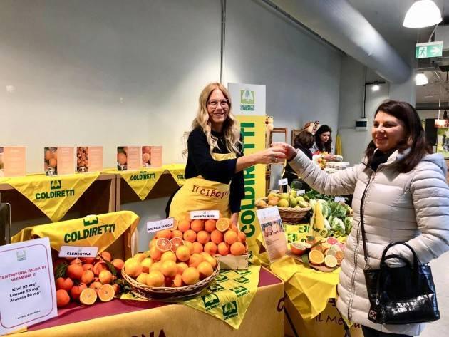 Lombardia: spesa sospesa contadina per Natale dei nuovi poveri