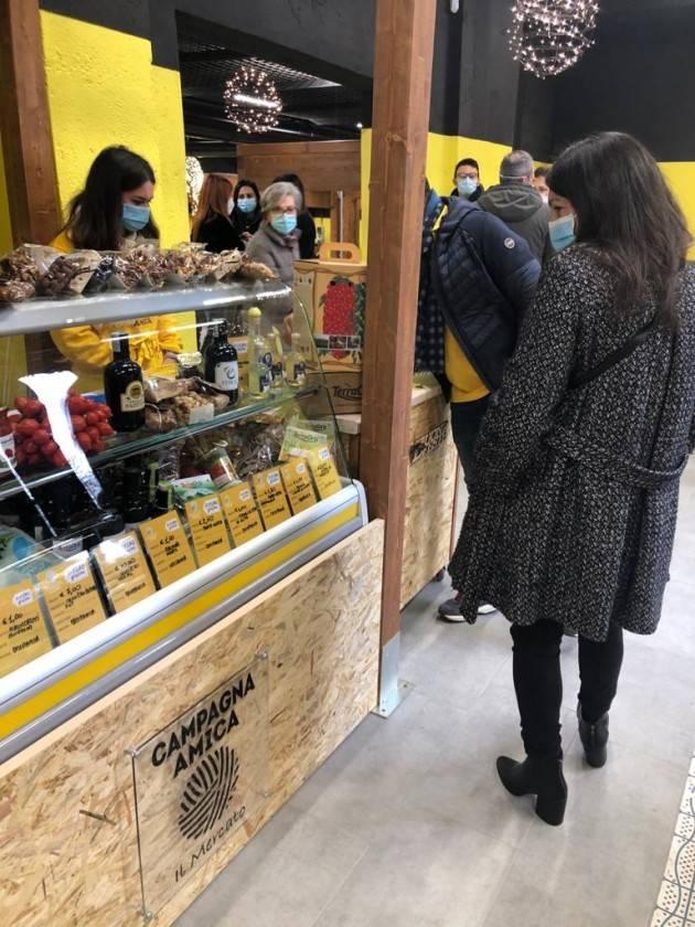 Campagna Amica porta a Brescia il primo mercato agricolo coperto