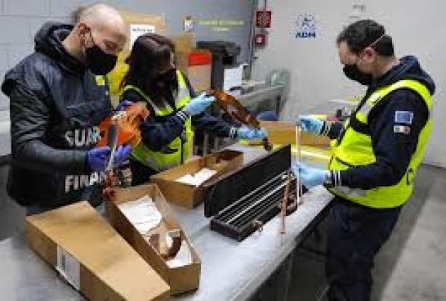 Violini preziosi sequestrati a Malpensa