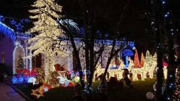 A Melegnano riaccesa la casa di Babbo Natale