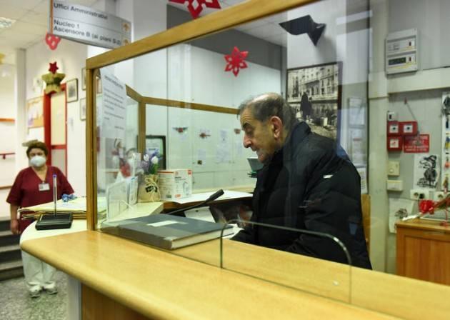 Anziani isolati, Arcivescovo Milano visita due Rsa