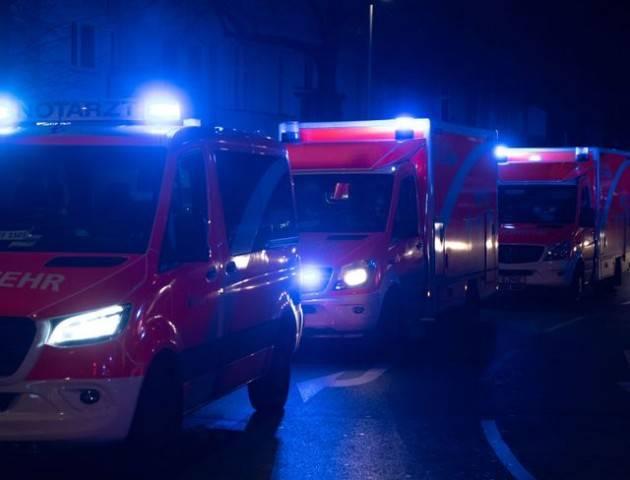 Sparatoria in strada a Berlino, 4 persone colpite vicino sede Spd (foto)
