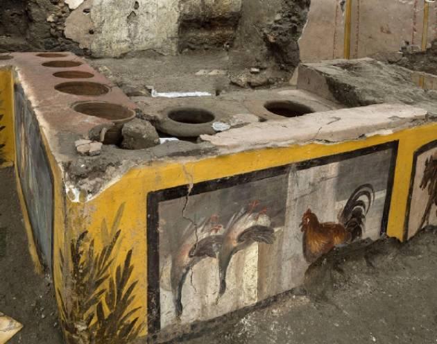 Vincenzo Montuori Lo splendido thermopolium (una sorta di bar) di Pompei
