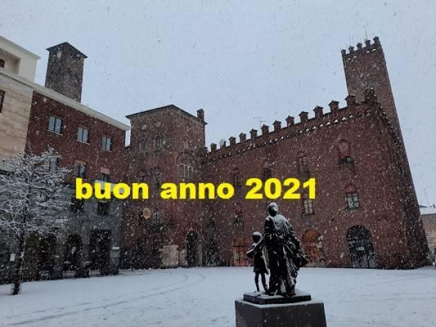 Berny, Peter,Emma, cremonesi in Norvegia,ci augurano Buon anno 2021/Godt nyttår 2021