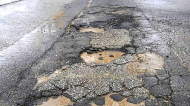 Cremona Intervento straordinario ed urgente per asfaltare alcune strade