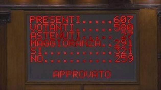 Alla Camera Conte ottiene la maggioranza assoluta con 321 voti