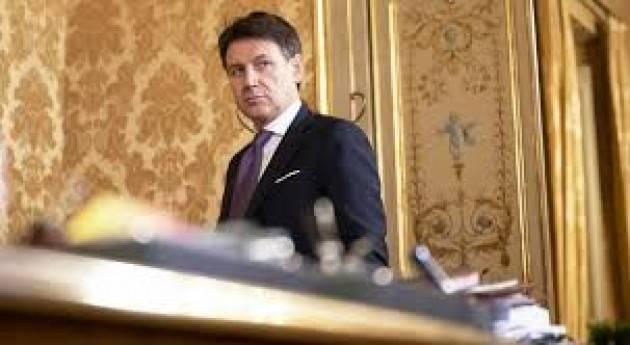 Crisi di governo: Conte si dimette
