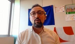 Matteo Piloni (PD) Ma Fontana che combina?  Caos in Consiglio Regionale Lombardia (Video)