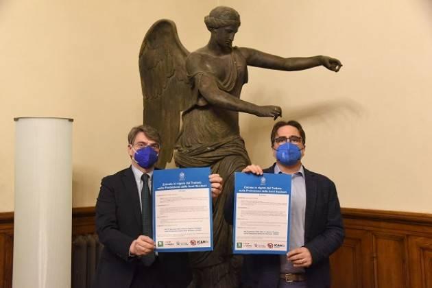 Sindaco di Brescia sostiene campagna firma Trattato  Proibizione Armi Nucleari