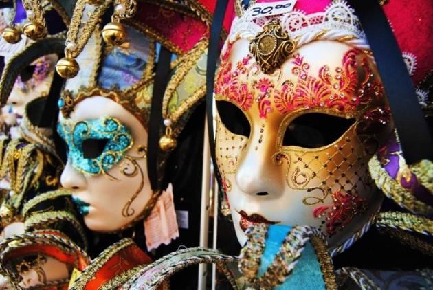 Piacenza  A un passo dal Carnevale ' arriva il laboratorio online 'Pezzi unici'