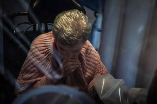 20 anziani morti in due case di riposo