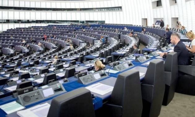 Parlamento UE: sì a grande maggioranza al Recovery Fund