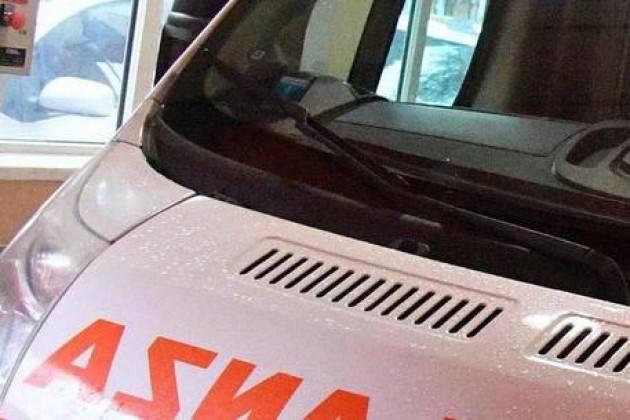Maxitamponamento sulla A4 nel Milanese, grave donna