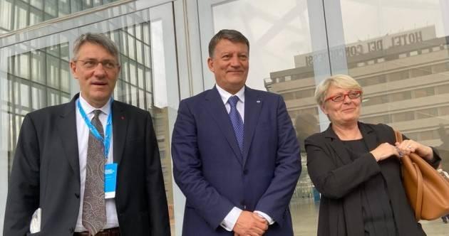 Ministro Orlando incontra i sindacati. Cgil, Cisl e Uil: 'Prorogare blocco licenziamenti'