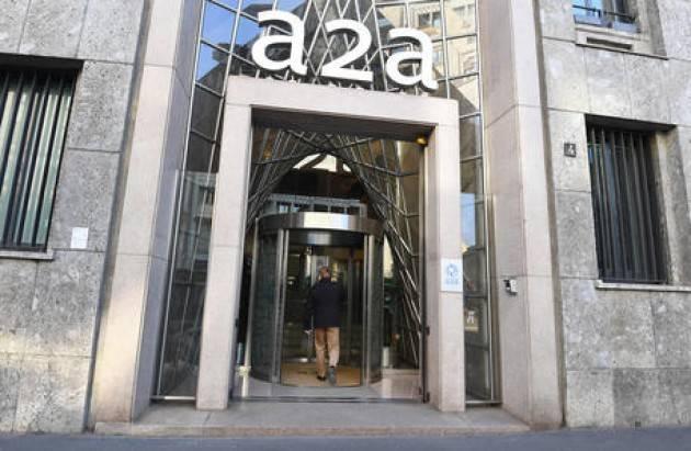 A2a: compra impianti fotovoltaici in Italia per 205 milioni