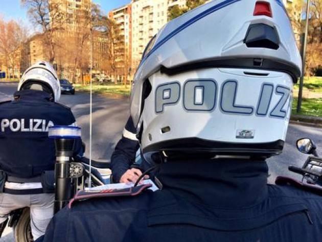 Bruciano mascherine e violano norme, 24 sanzionati