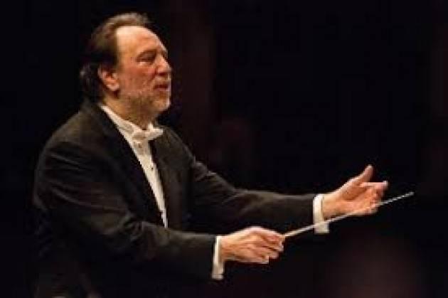 Chailly confermato direttore musicale fino al 2025