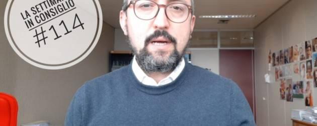 Matteo Piloni (Pd) UNA SPILLA PER DIRE 'MAI PIU' FEMMINICIDI' (Video)