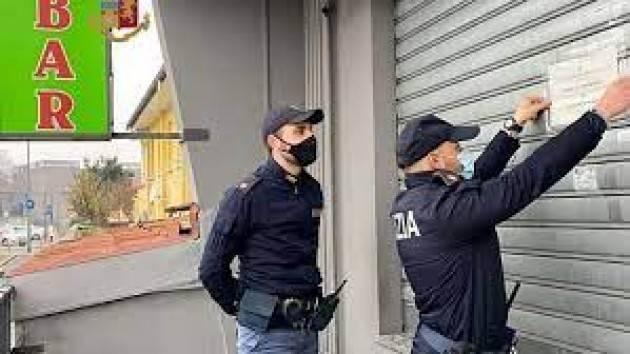 Prefetto Milano chiude 16 negozi, violate norme