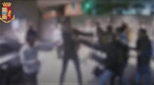 Raid del branco nel centro di Milano, 13 indagati